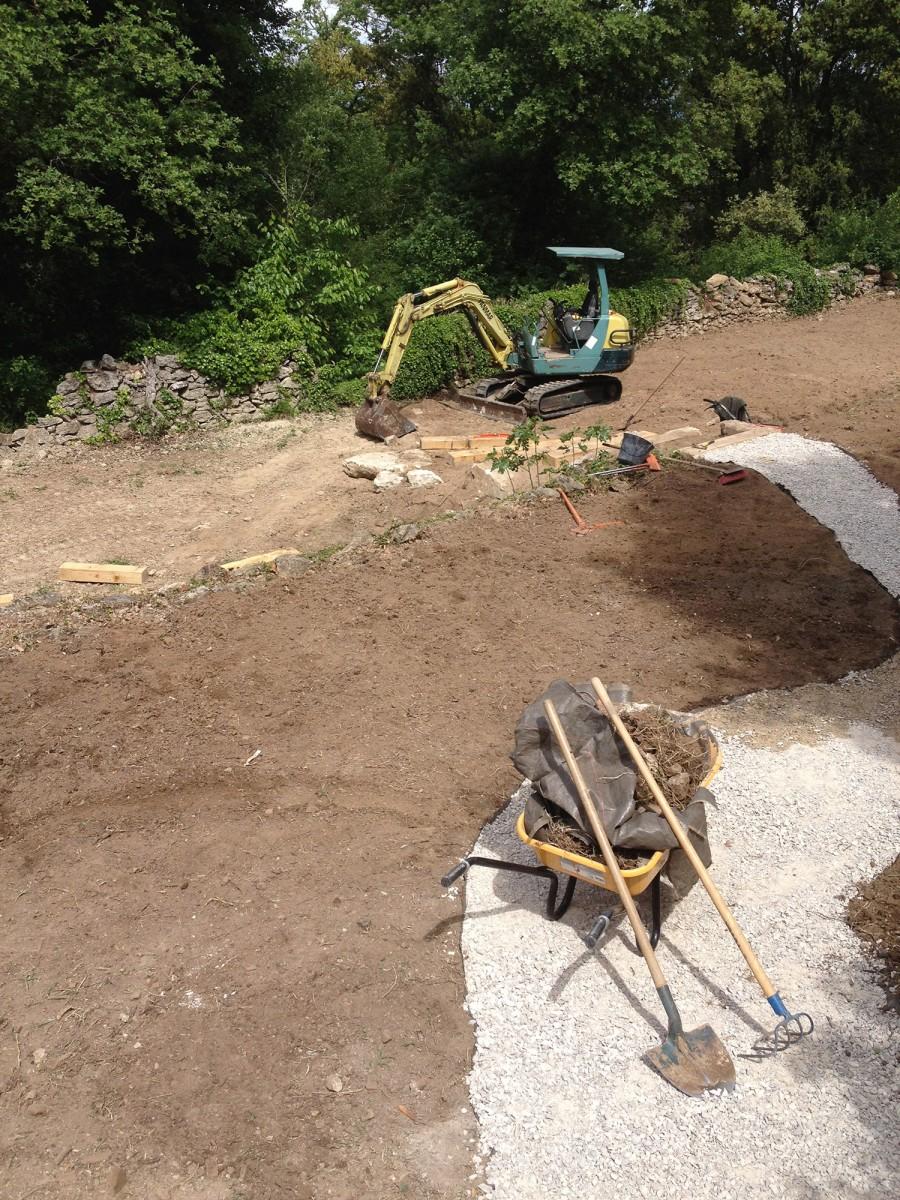 Cr ation d un jardin en restanque par nos jardiniers for Jardiniers paysagistes