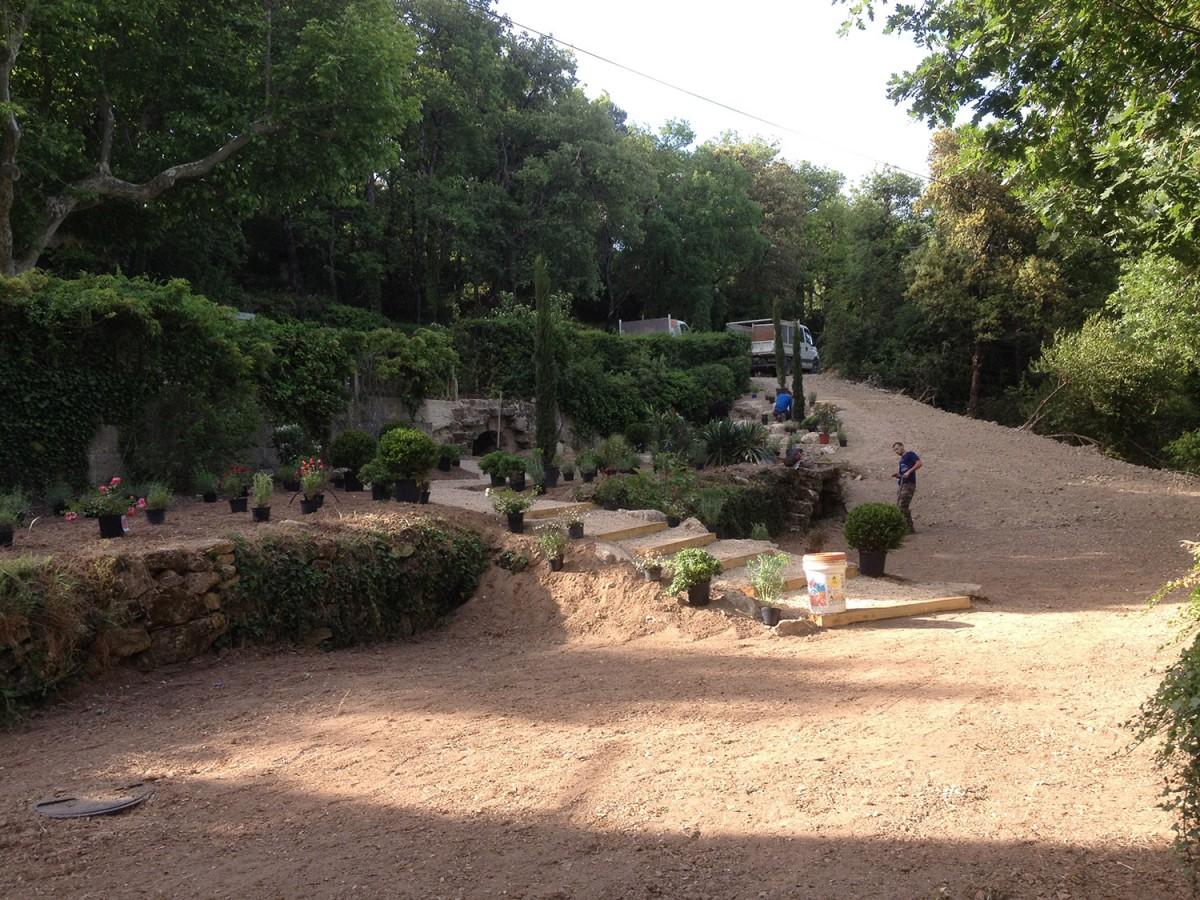 Cr ation d un jardin en restanque par nos jardiniers for Jardins de jardiniers
