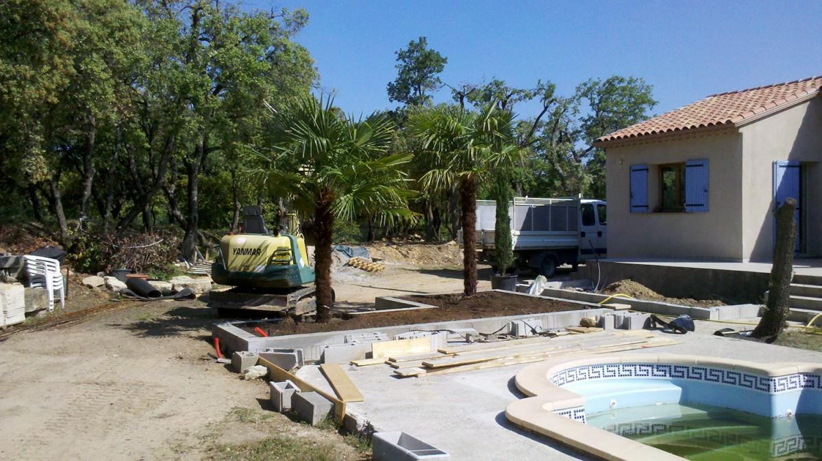 jardinier paysagiste aix en provence sur un jardin de. Black Bedroom Furniture Sets. Home Design Ideas